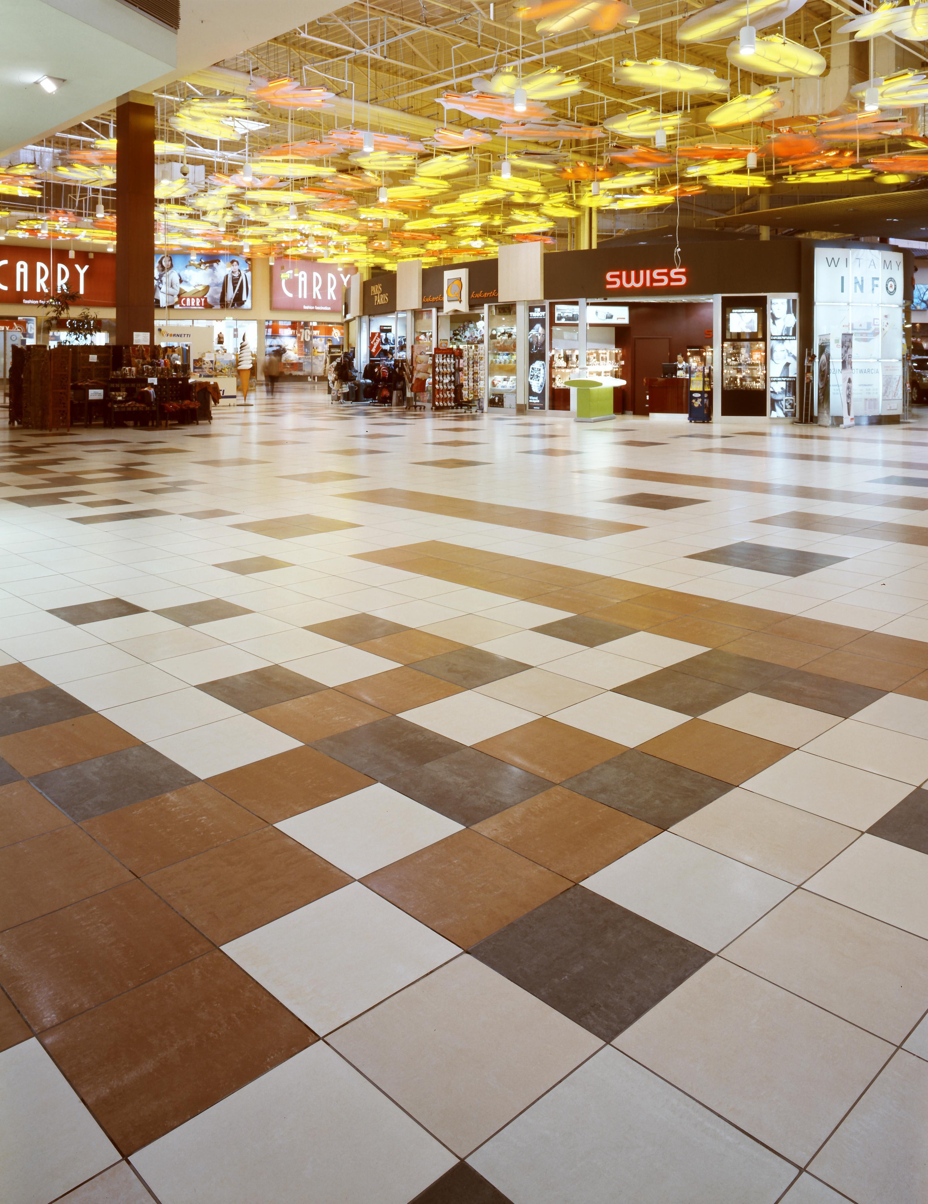AtlasConcorde Auchan Polonia 001