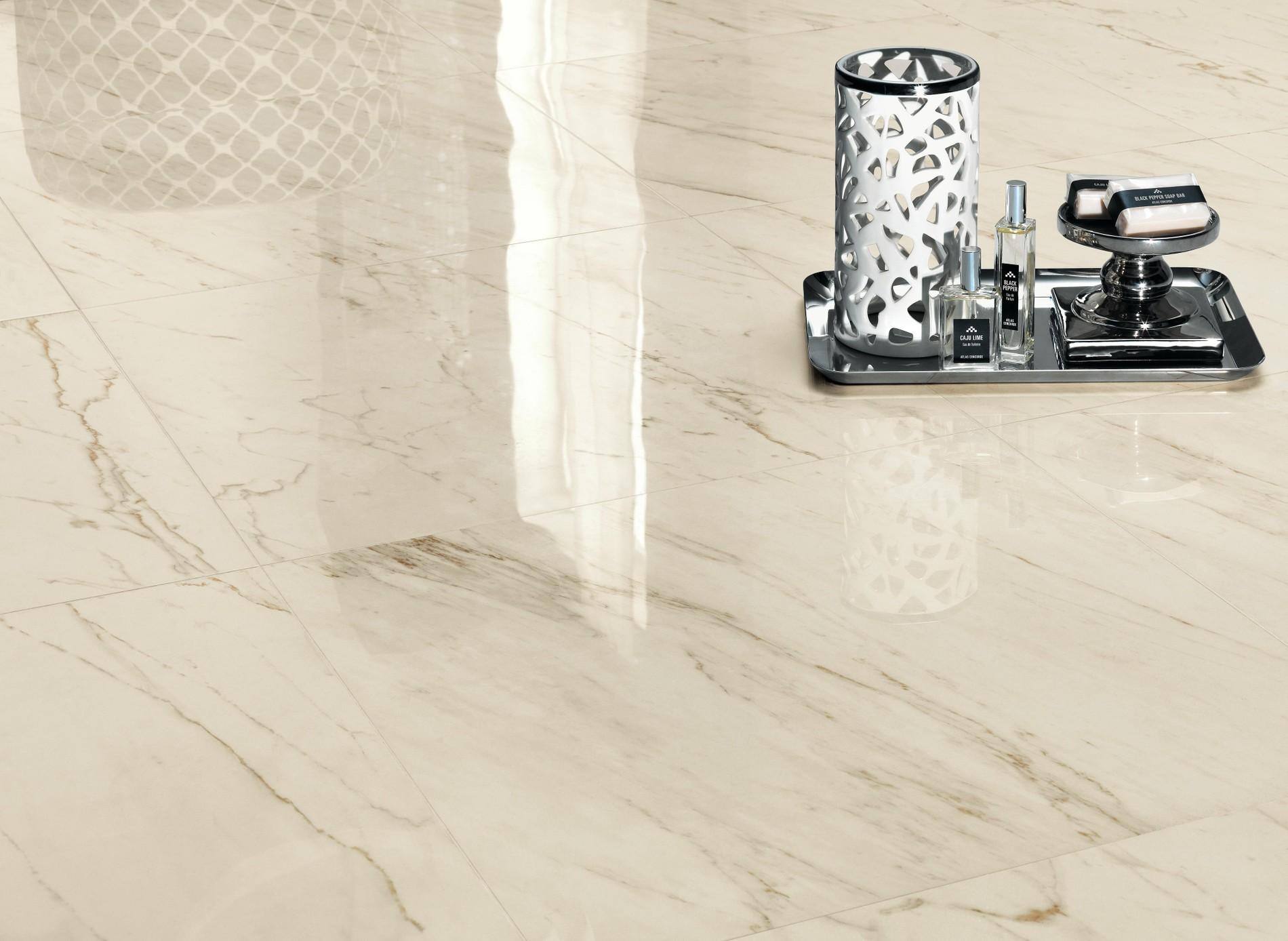 Gres porcelánico y revestimientos efecto mármol