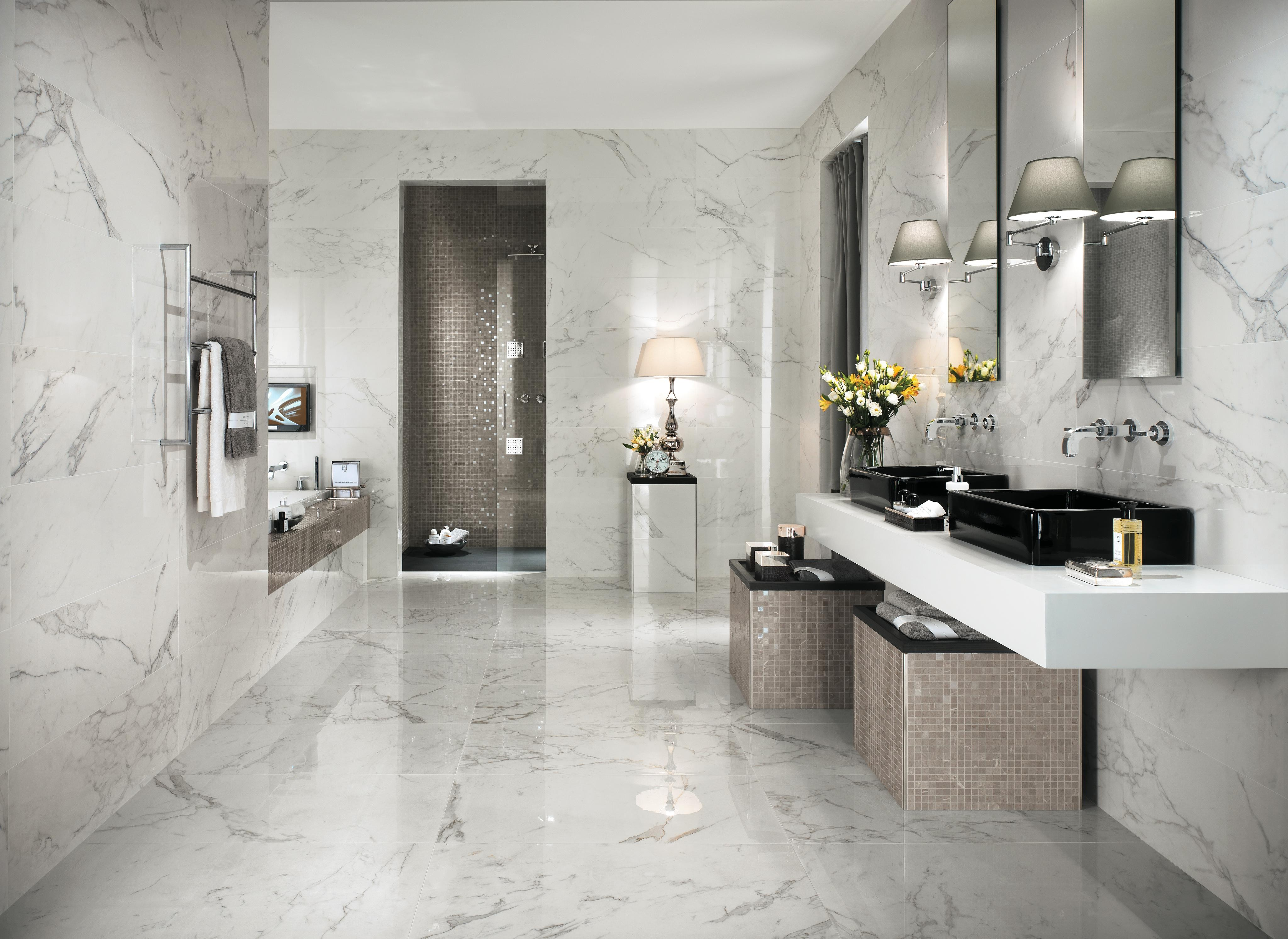 Bathroom In Calacatta Marble Effect Porcelain Tiles Atlas Concorde