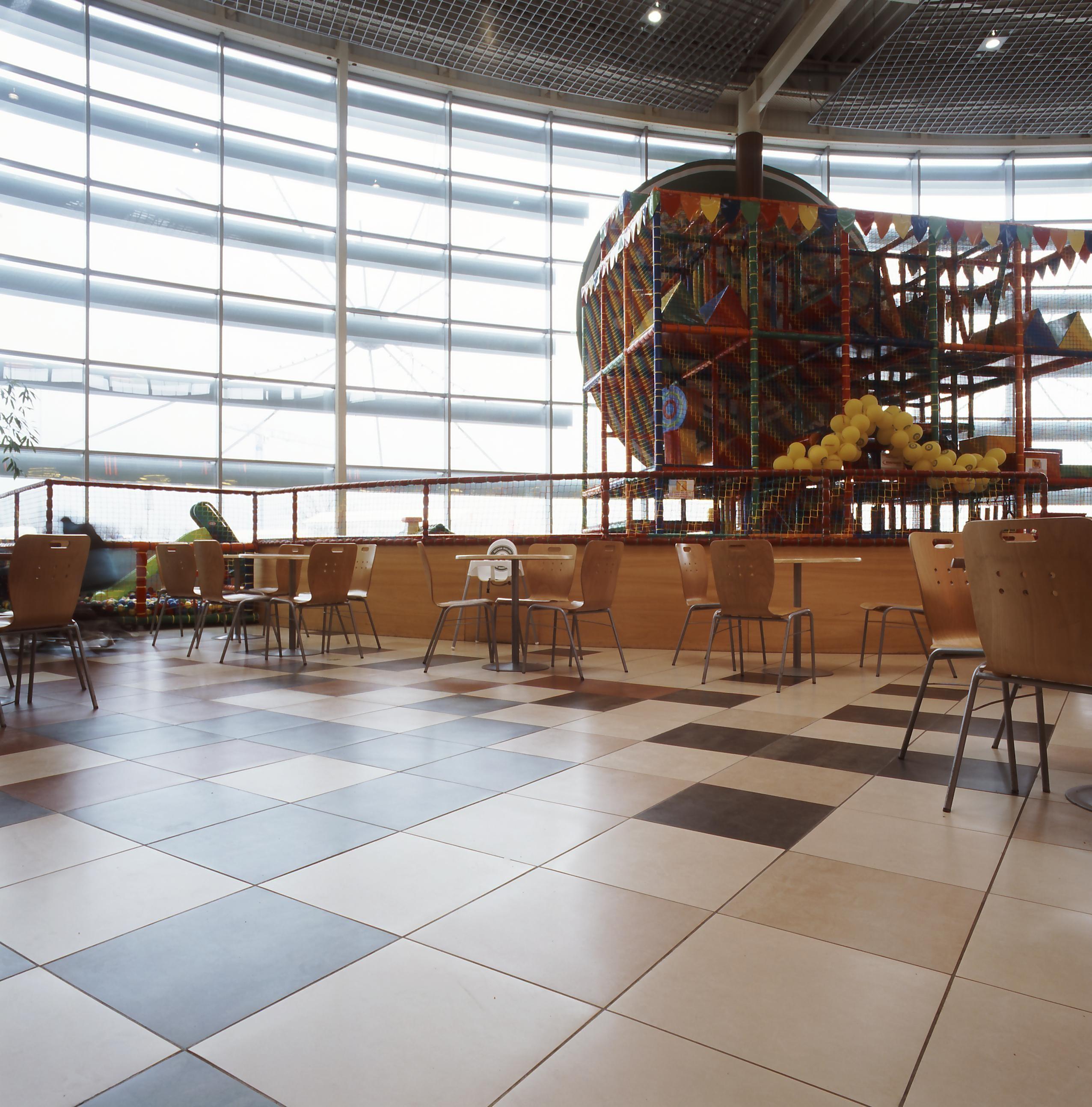AtlasConcorde Auchan Polonia 015
